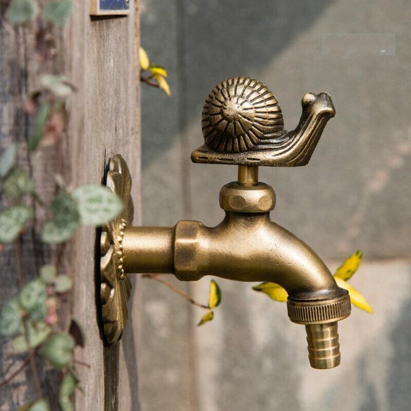 Wal Mounted Brass faucet ก๊อกน้ำตกแต่งสวน